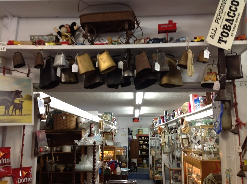 Todds Antique Mall: 7435 Highway 21 E, Berea, KY