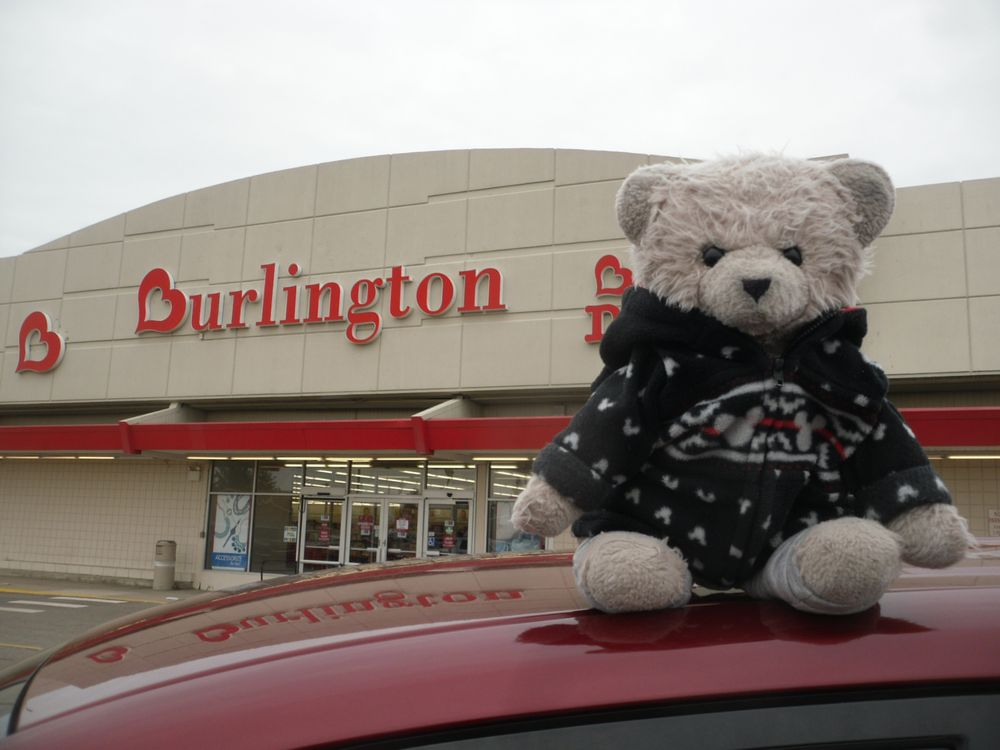 Burlington Coat Factory: 1959 Pipestone Rd, Benton Harbor, MI