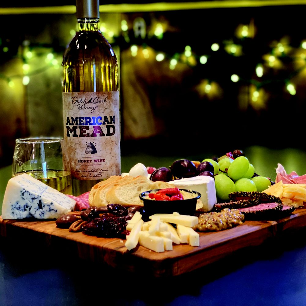 Dutch Creek Winery: 12157 St Rt 690, Athens, OH
