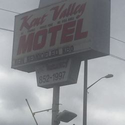 Photo Of Kent Valley Motel Wa United States Sign Is Very