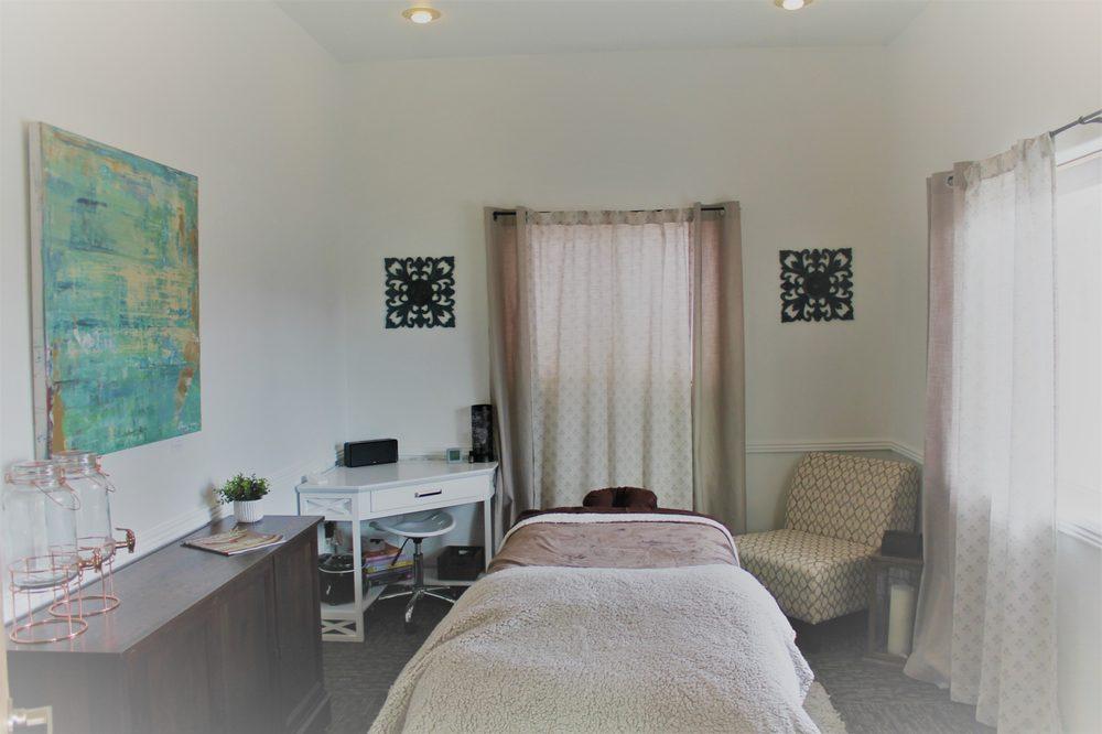 Simone's Massage Studio: 5537 Old US 93, Florence, MT