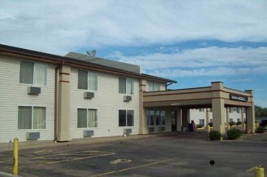 Super 8 by Wyndham North Sioux City: 108 Sodrac Drive, North Sioux City, SD