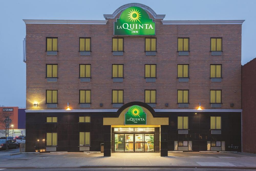 La Quinta Inn by Wyndham Queens