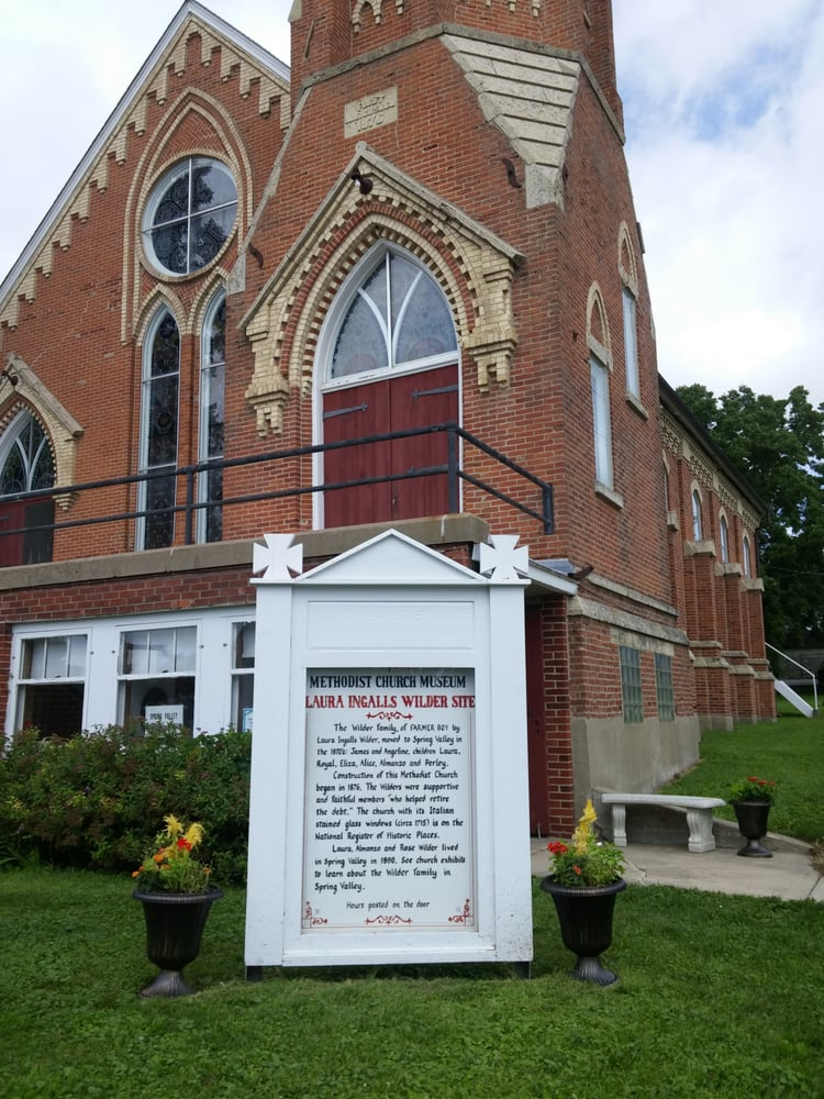Laura Ingalls Wilder Museum: 221 W Courtland St, Spring Valley, MN