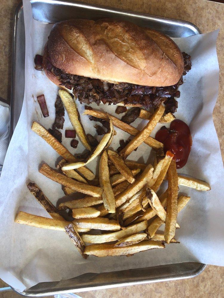 The Shepard Family Cafe: 110 E Russell Ave, Bonham, TX