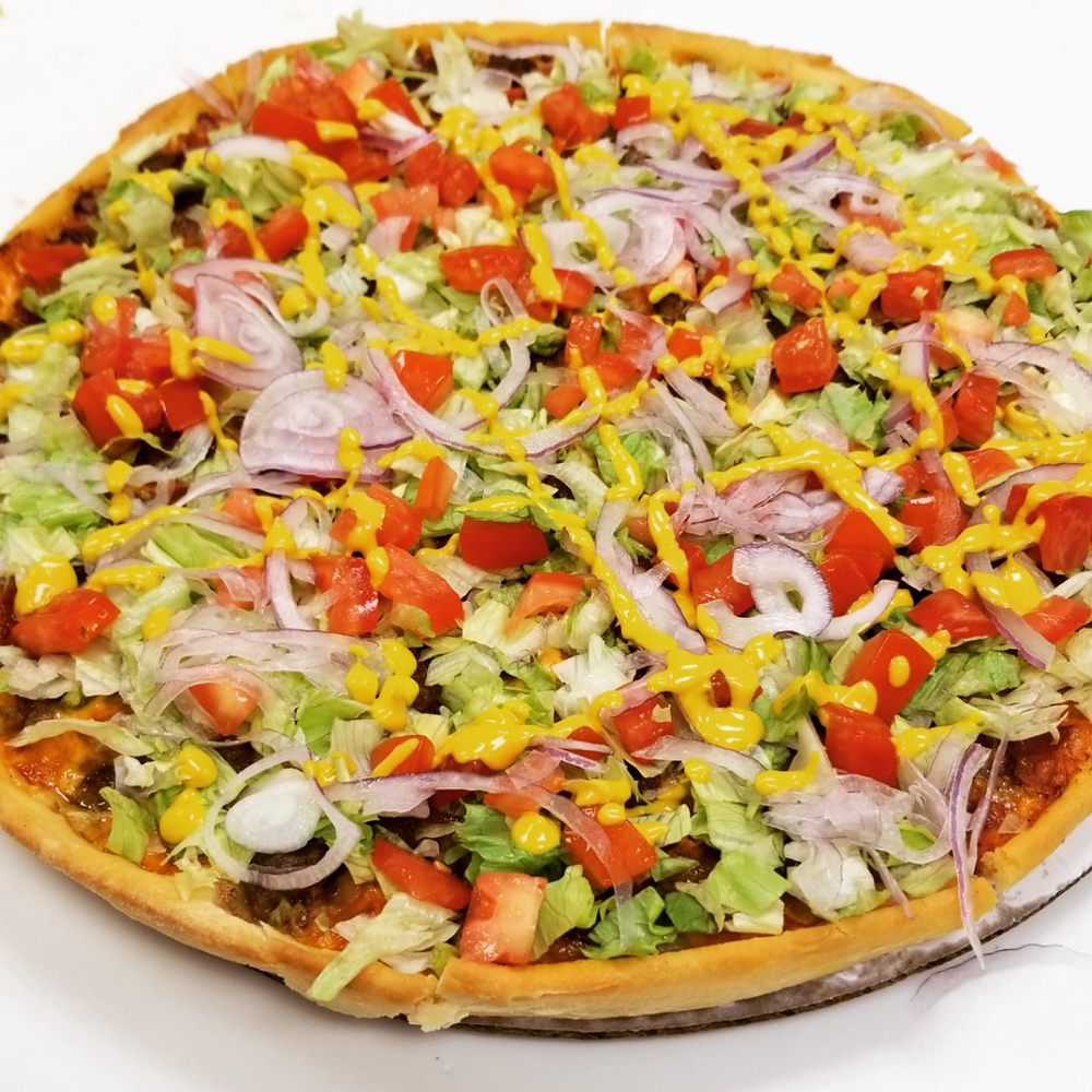 Jo's Famous Pizza: 1438 S Green Ave, Purcell, OK
