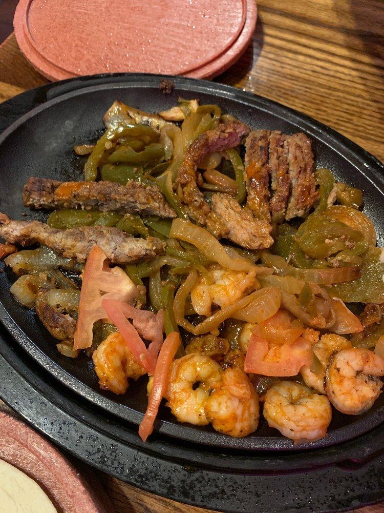 La Senorita Mexican Restaurant: 2455 N US Hwy 31 S, Traverse City, MI