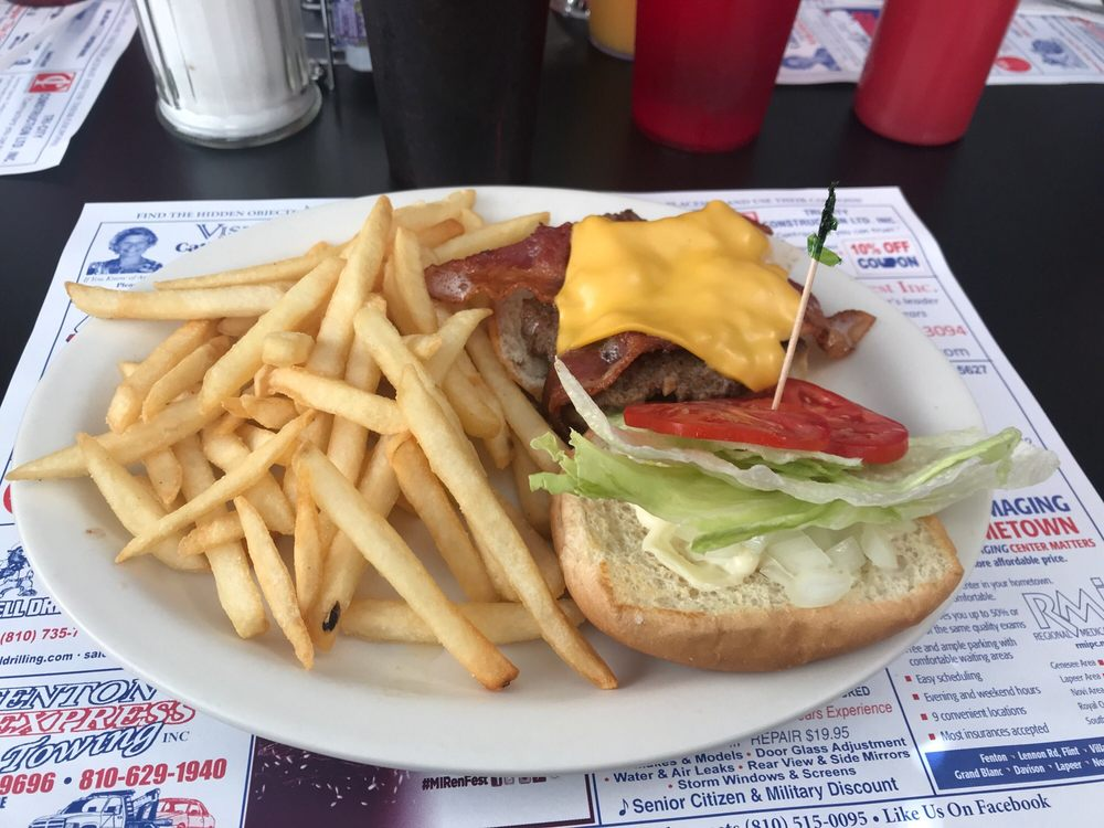 Shirley's Cafe & Grill: 522 W Broad St, Linden, MI