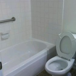 Chicago Cleaning Services Company Reviews Home Cleaning - Bathroom cleaning companies