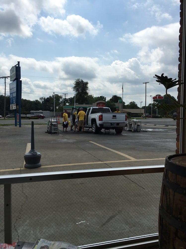 Wash-O-Rama Car Wash: 1619 E 10th St, Jeffersonville, IN