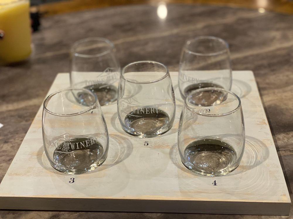 Tonne Winery: 101 W Royerton Rd, Muncie, IN
