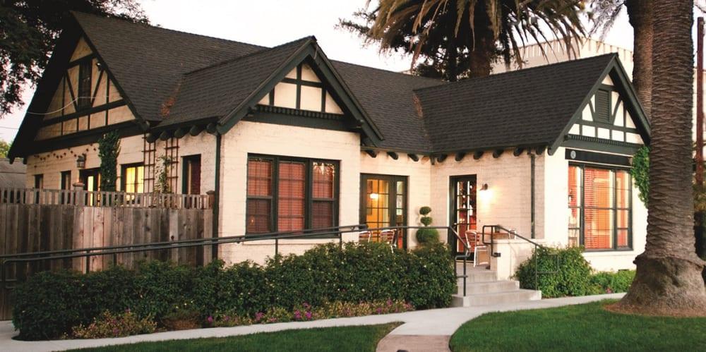 Walt Wines: 380 1st St W, Sonoma, CA