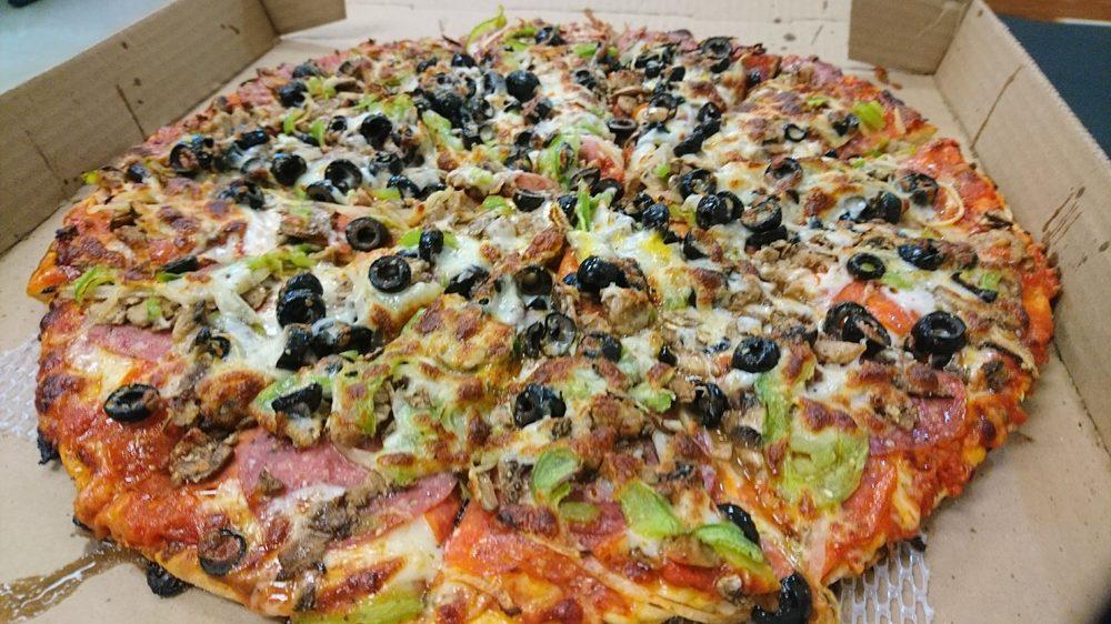 Annie's Pizza Station: 44568 State Rt 20, Concrete, WA