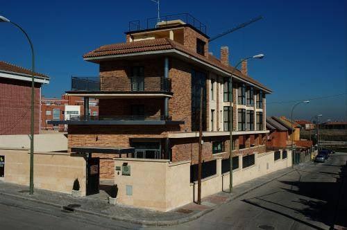 Hostal Los Coronales: Briones 38, Madrid, NC