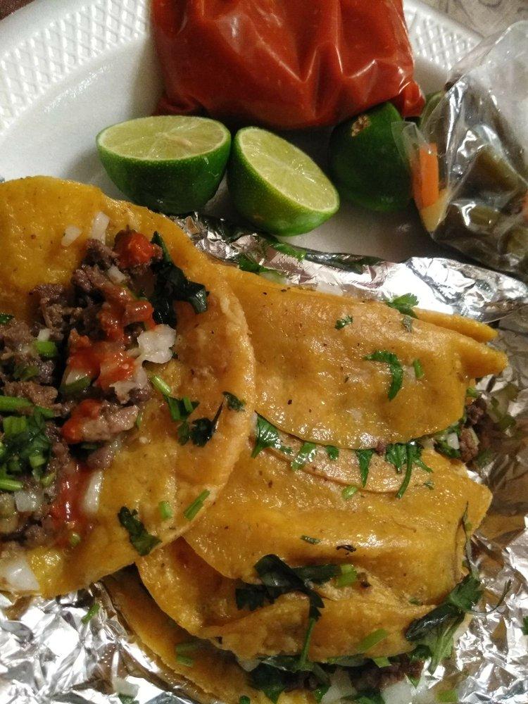 Tacos El Muertero: 501 N La Homa Rd, Mission, TX