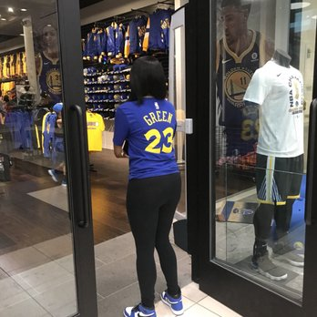 109713a7 Photo of Golden State Warriors Team Store - San Francisco, CA, United States