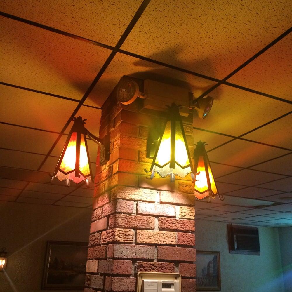 Cosenza Pizza & Restaurant: 8001 Bear Creek Blvd, Bear Creek Township, PA