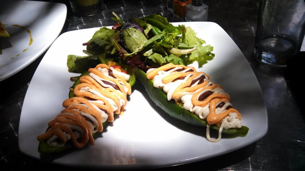 Caf 118 degrees closed 102 photos 91 reviews for 118 degrees raw food cuisine