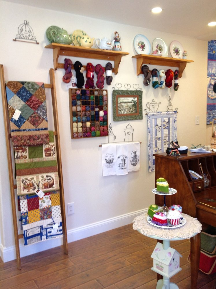 The Quilted Purl: 707 Taos St, Georgetown, CO