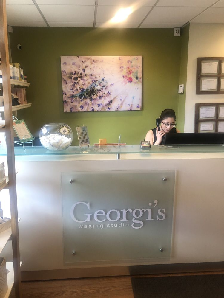 Georgi's Waxing Studio: 630 N Old Woodward, Birmingham, MI
