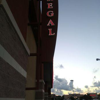 Regal Cinemas Park Place 16 Rpx 37 Photos 101 Reviews Cinema