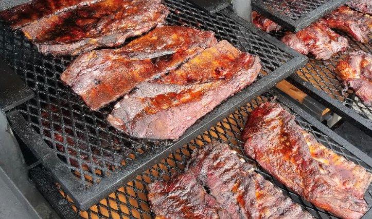 Fire and Knives BBQ: 570 SE Short St, Estacada, OR