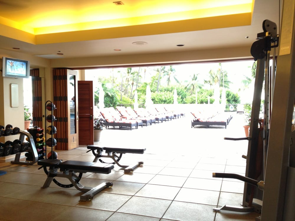 Hilton Hawaiian Village Waikiki Beach Photo Gallery: Looking Out Of Fitness Center
