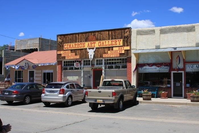 Cimarron Art Gallery: 337 9th St, Cimarron, NM
