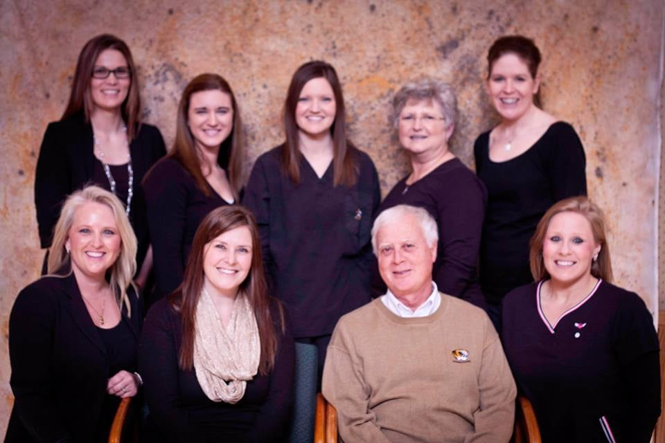 Gillis Family Dentistry: 1108 E Ohio St, Clinton, MO