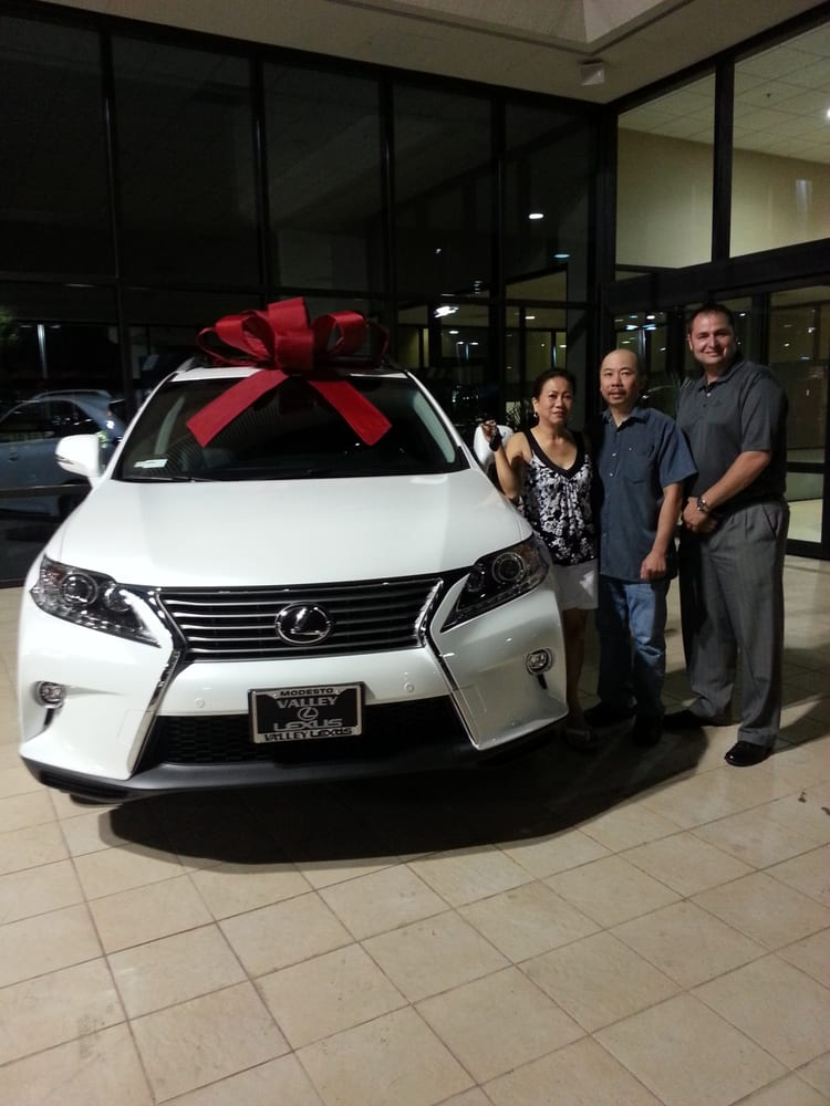 2015 RX 350, a simple gift for my wife. - Yelp