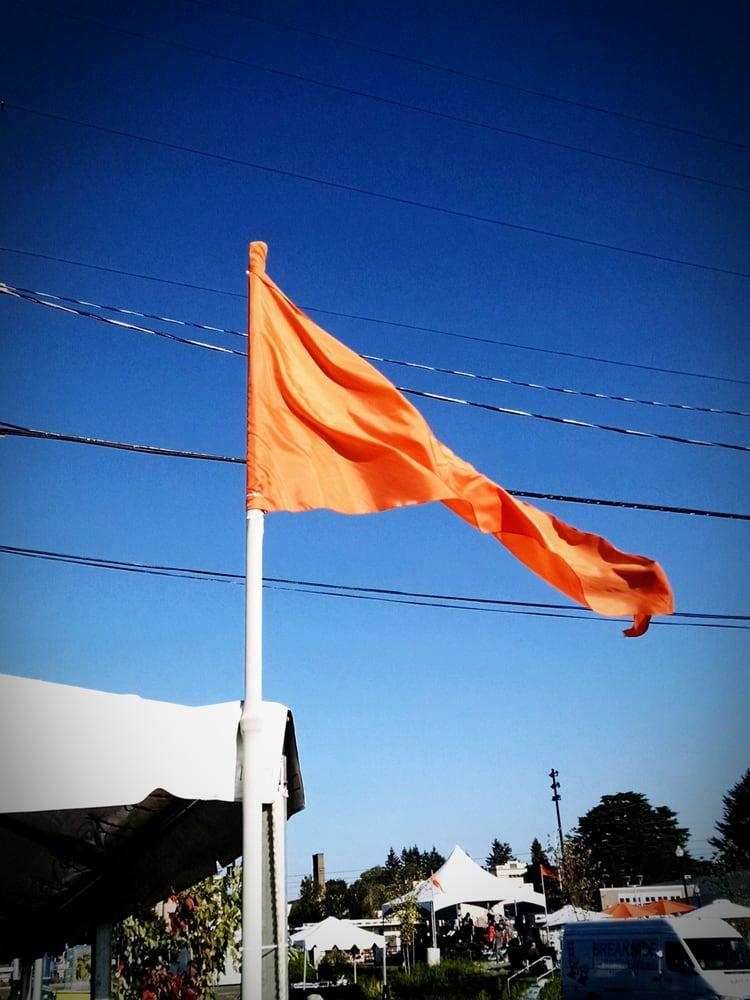 Max Orange Line