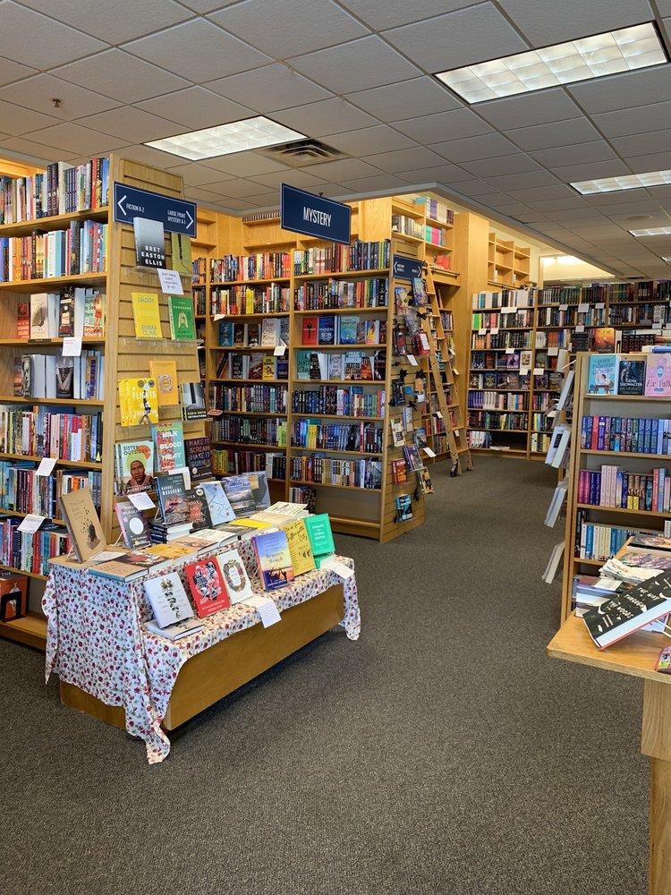 Schuler Books & Music: 2660 28th St Se, Grand Rapids, MI