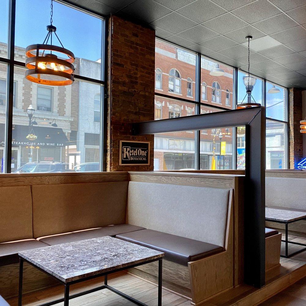 Inner Circle Vodka Bar: 319 W Walnut St, Springfield, MO