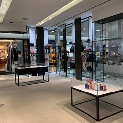4052c069f4f Saks Fifth Avenue - 187 Photos & 365 Reviews - Shoe Stores - 9600 ...