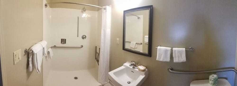 Spacious Bathroom Also Very Clean Yelp