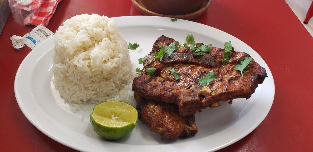 Dos Alas Kitchen