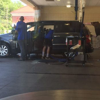 Froggy s car wash black tie detailing closed 17 - Interior car detailing cincinnati ...