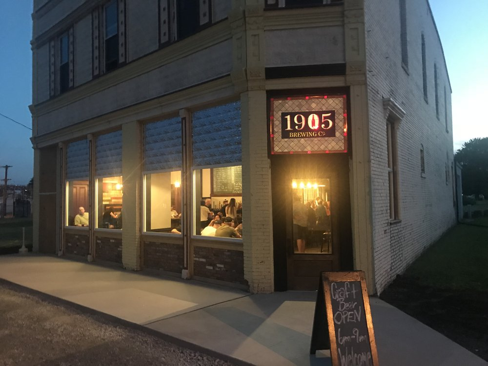 1905 Brewing Company: 301 S Chestnut St, Assumption, IL