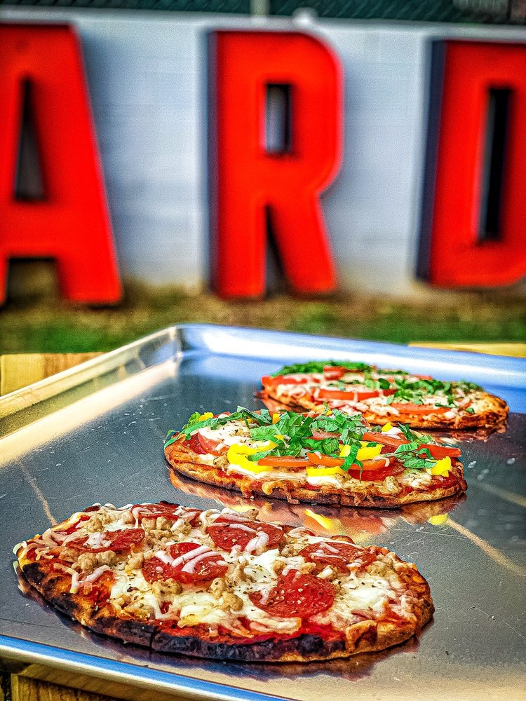 Food from Bowstring Pizza and Brewyard