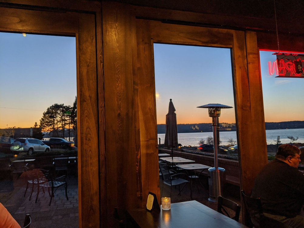 Cabernets and IPAs: 204 Lincoln Ave, Mukilteo, WA