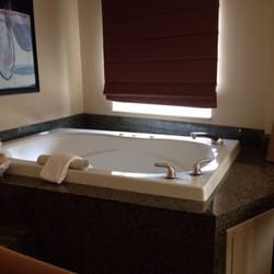 Jacuzzi In Hotel Room Seattle Wa