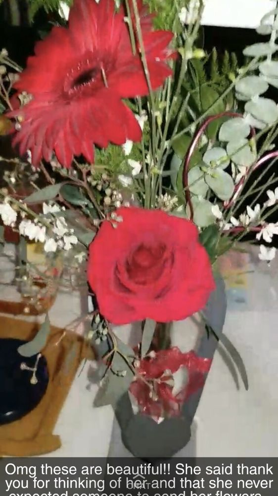 08e512c62665 Apple Creek Flowers - 207 N Throop St, Woodstock, IL - 2019 All You ...