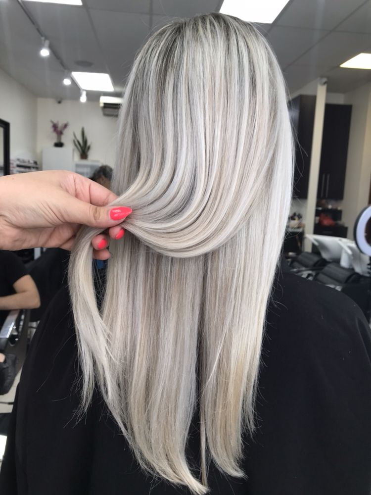Highlights By Marina Platinumblonde Blondehair Highlights