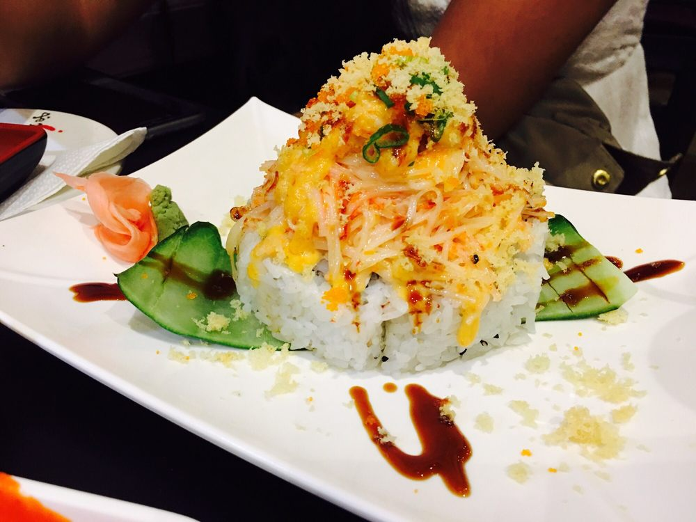 Asahi Sushi Bar: 114 Ave Universidad, San Juan, PR