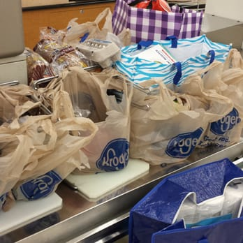 should kroger pay now New hires get screwed with pay  should i expect $750 now,  free message boards- kroger employee forum- why kroger sucks- new hires get screwed with pay.