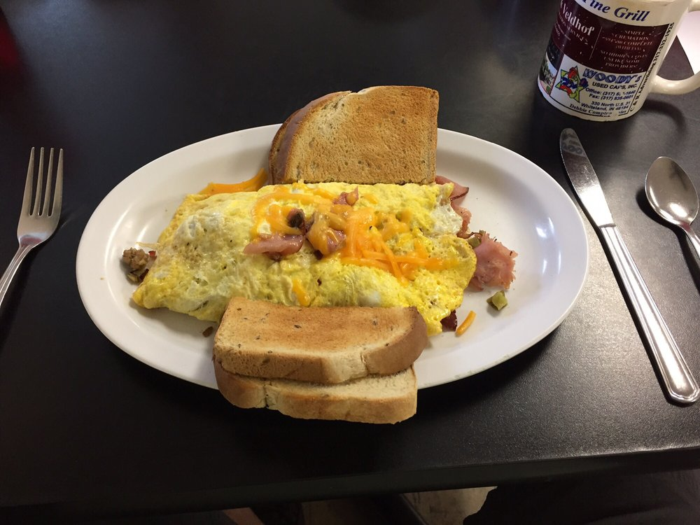 Nora's Knotty Pine Grill: 524 E Old Plank Rd, Bargersville, IN
