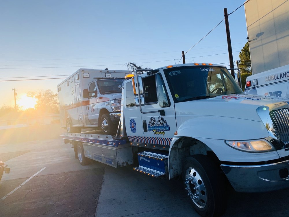 Towing business in Quartz Hill, CA