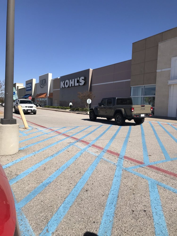 Kohl's: 4111 N US Highway 75, Sherman, TX