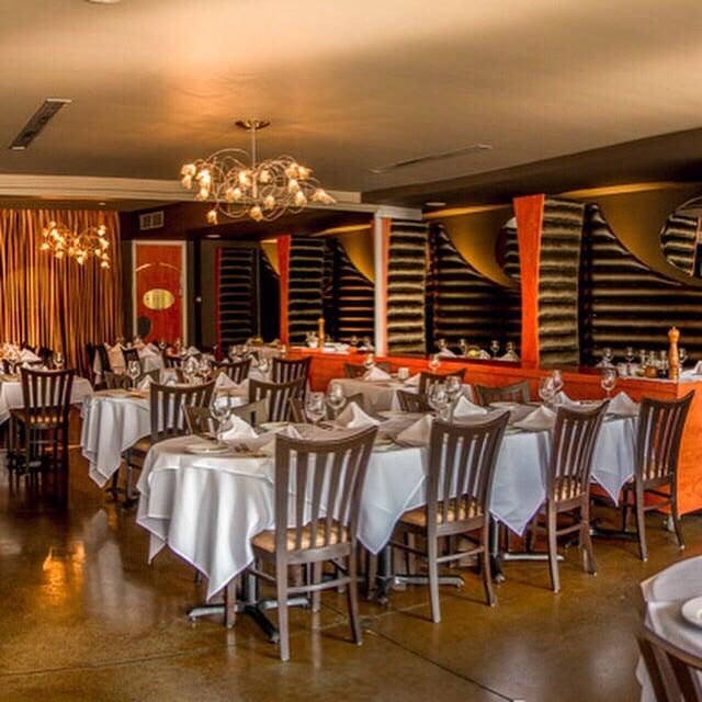 Mezzo Ristorante & Lounge: 804 Erie Street E, Windsor, ON