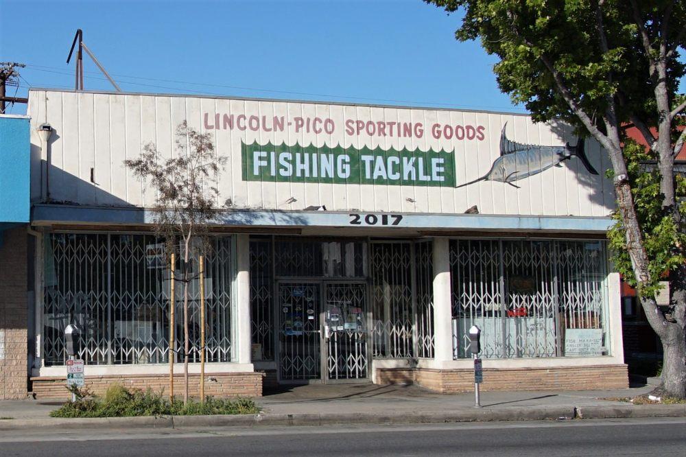 Lincoln-Pico Sporting Goods: 2017 Lincoln Blvd, Santa Monica, CA
